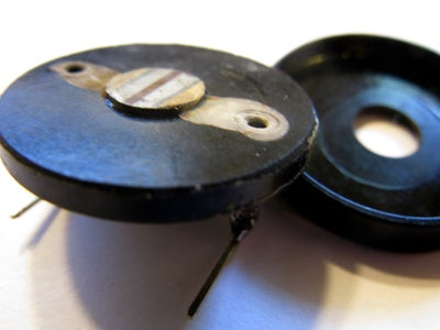 4. Фото-сенсор / Light-sensor (photoresistor)