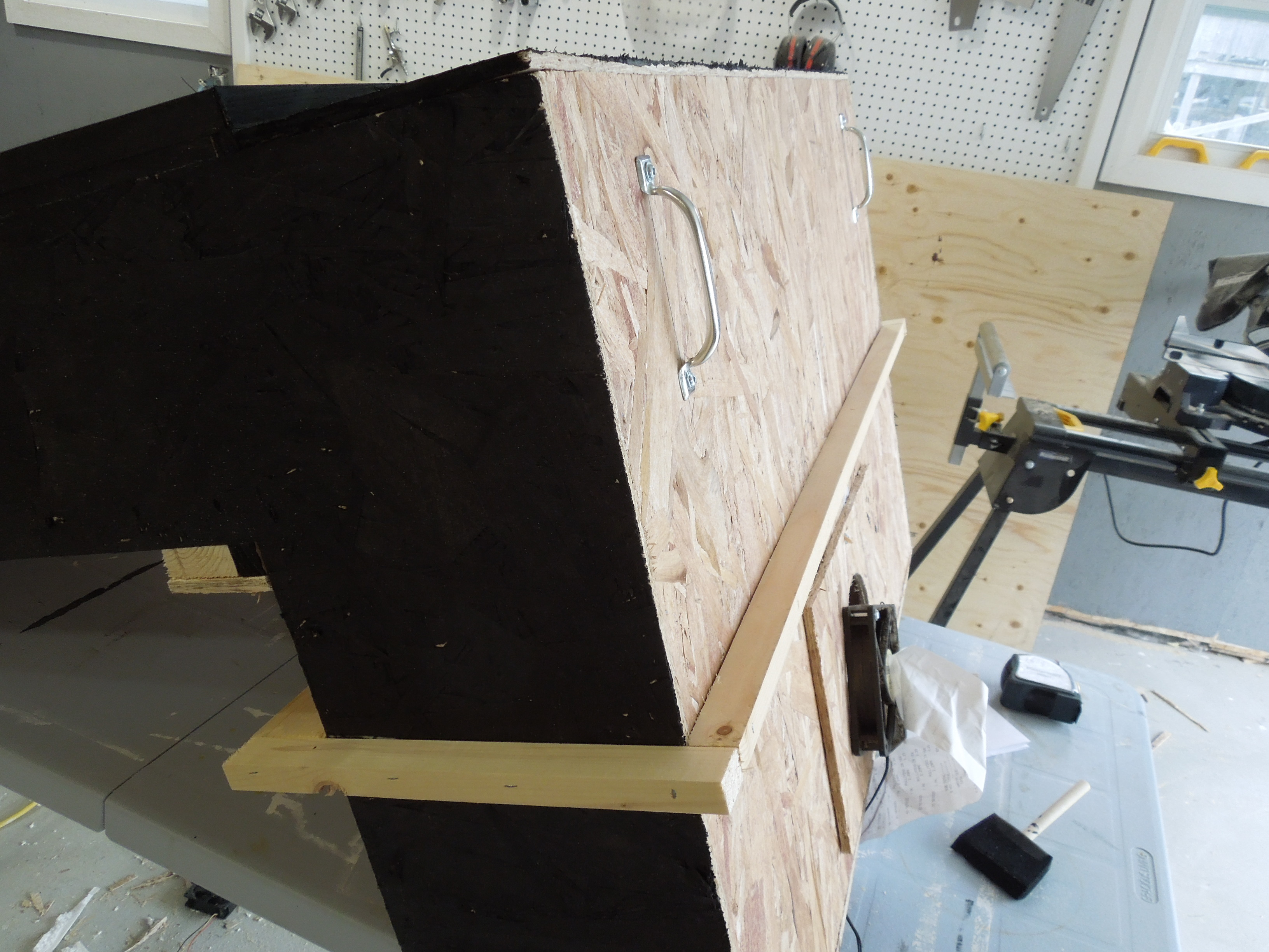 Picture of Profiling the Bottom to Match the Window and Installing the Sealing Flange