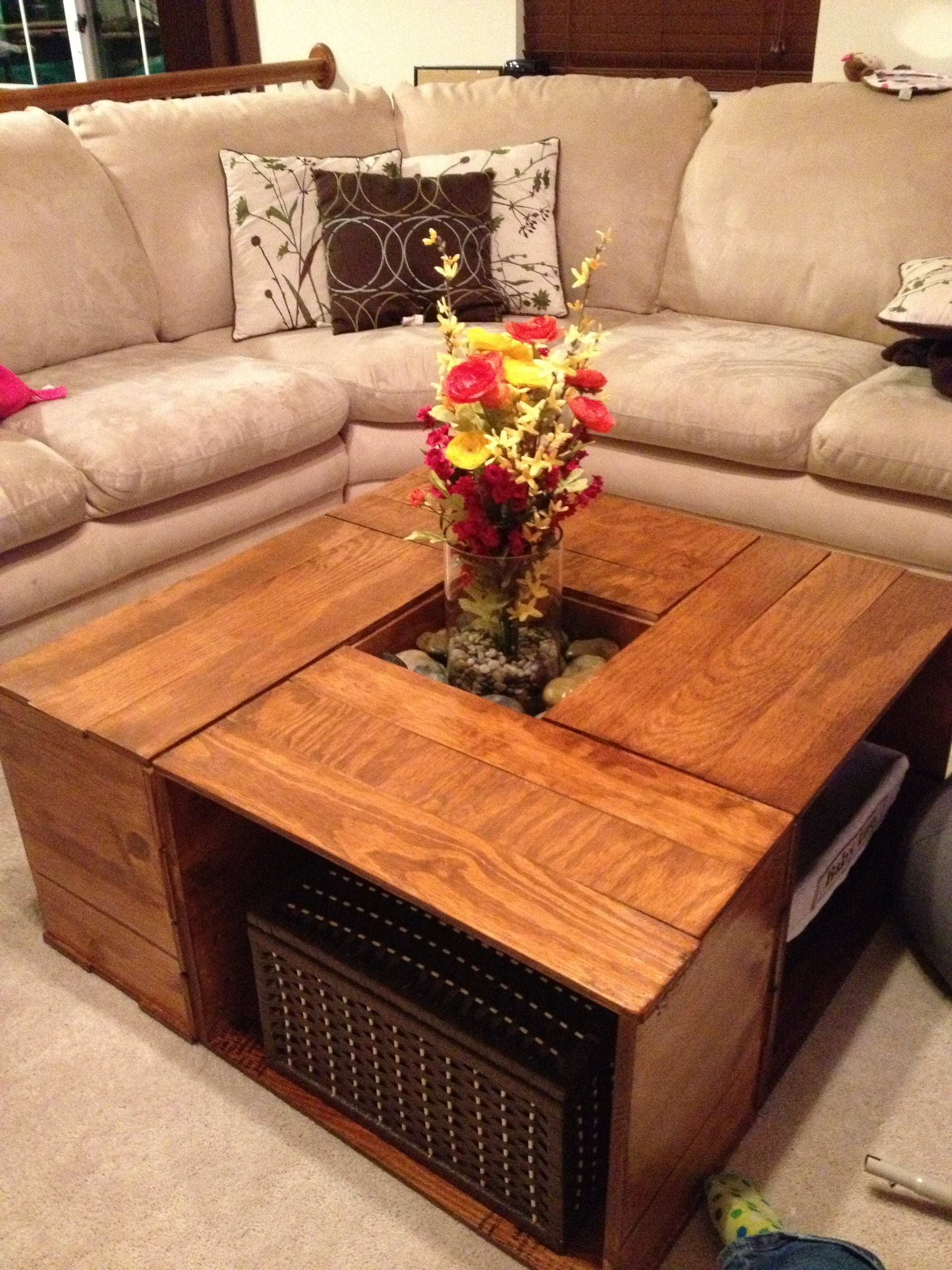 20 DIY Wooden Crate Coffee Tables | Guide Patterns |Wooden Crate Coffee Table