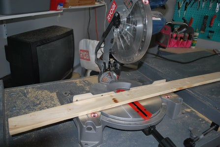 Turning the Ladder Into a Planter Step 2
