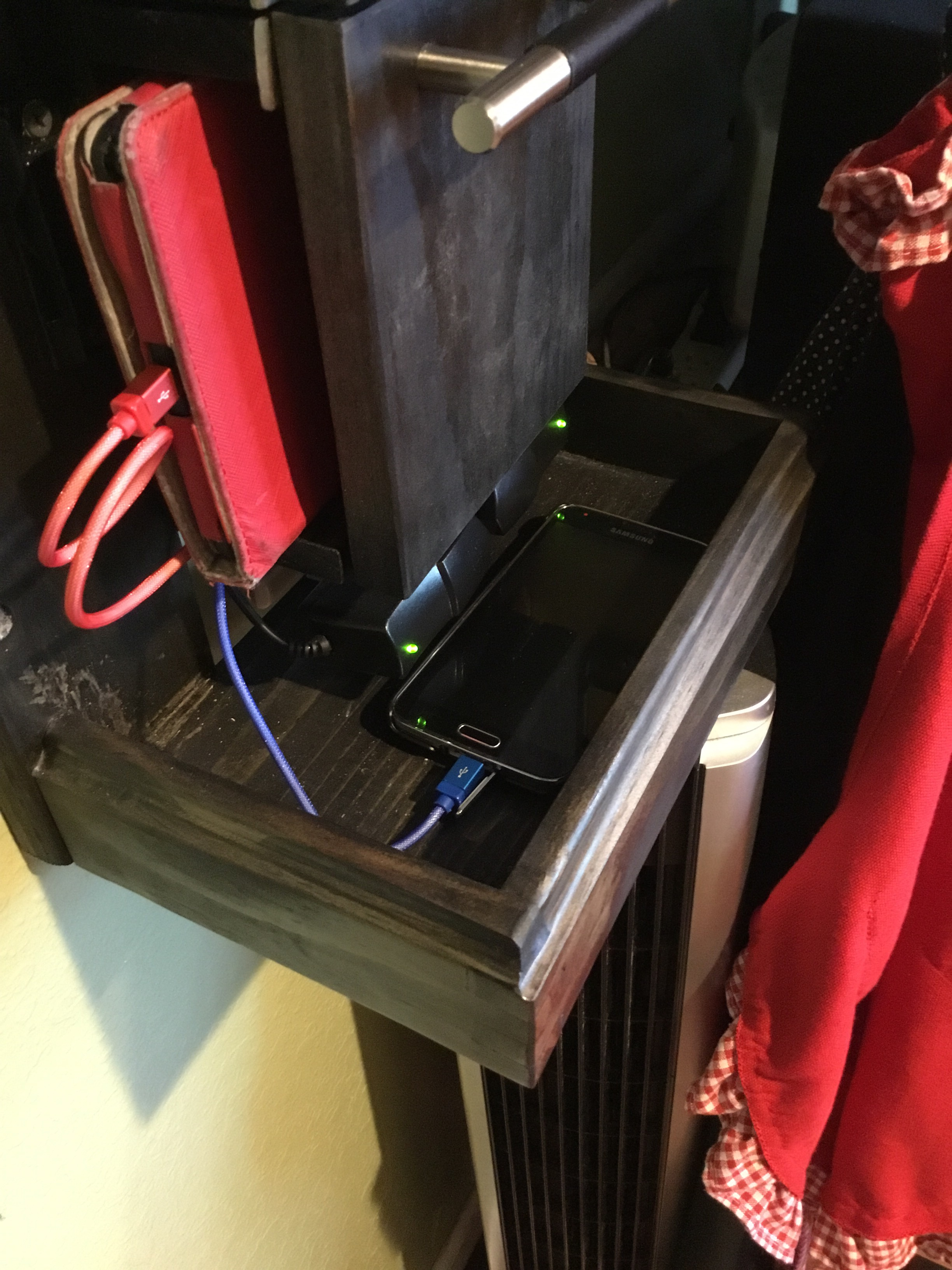 Picture of Tablet Charging Station
