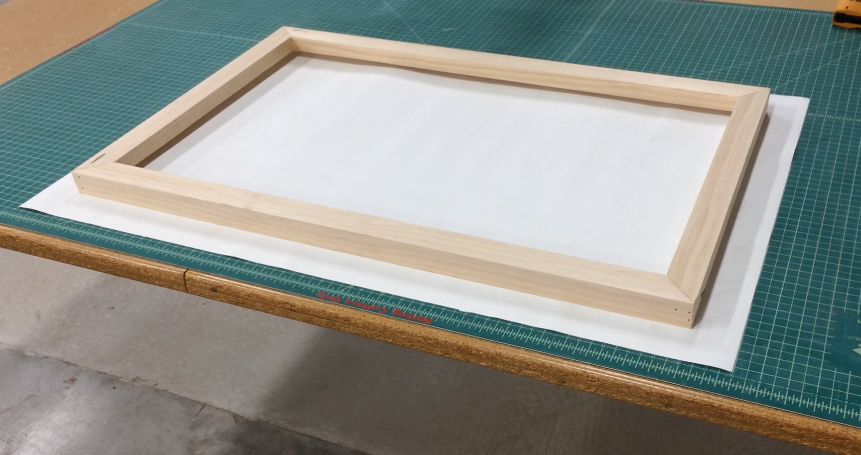 Picture of How to Stretch Canvas (I Made It at TechShop)