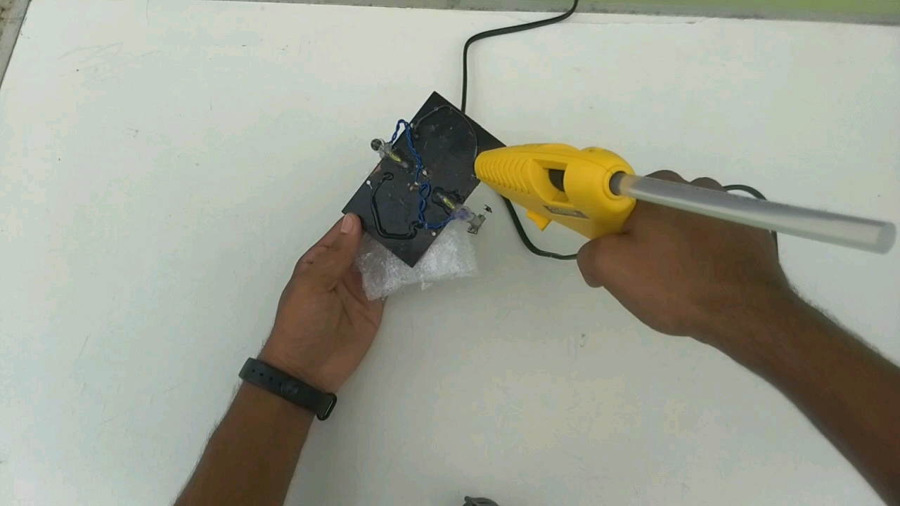 Picture of SOLAR BOAT BUILD
