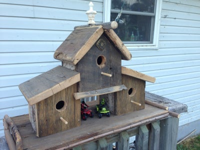 The Outer Birdhouses