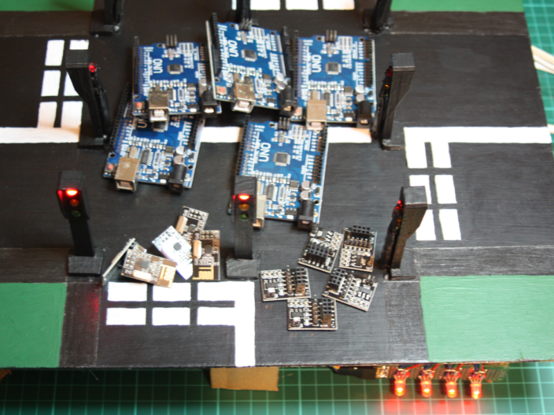 Picture of 4 Way Traffic Light System Using 5 Arduinos and 5 NRF24L01 Wireless Modules