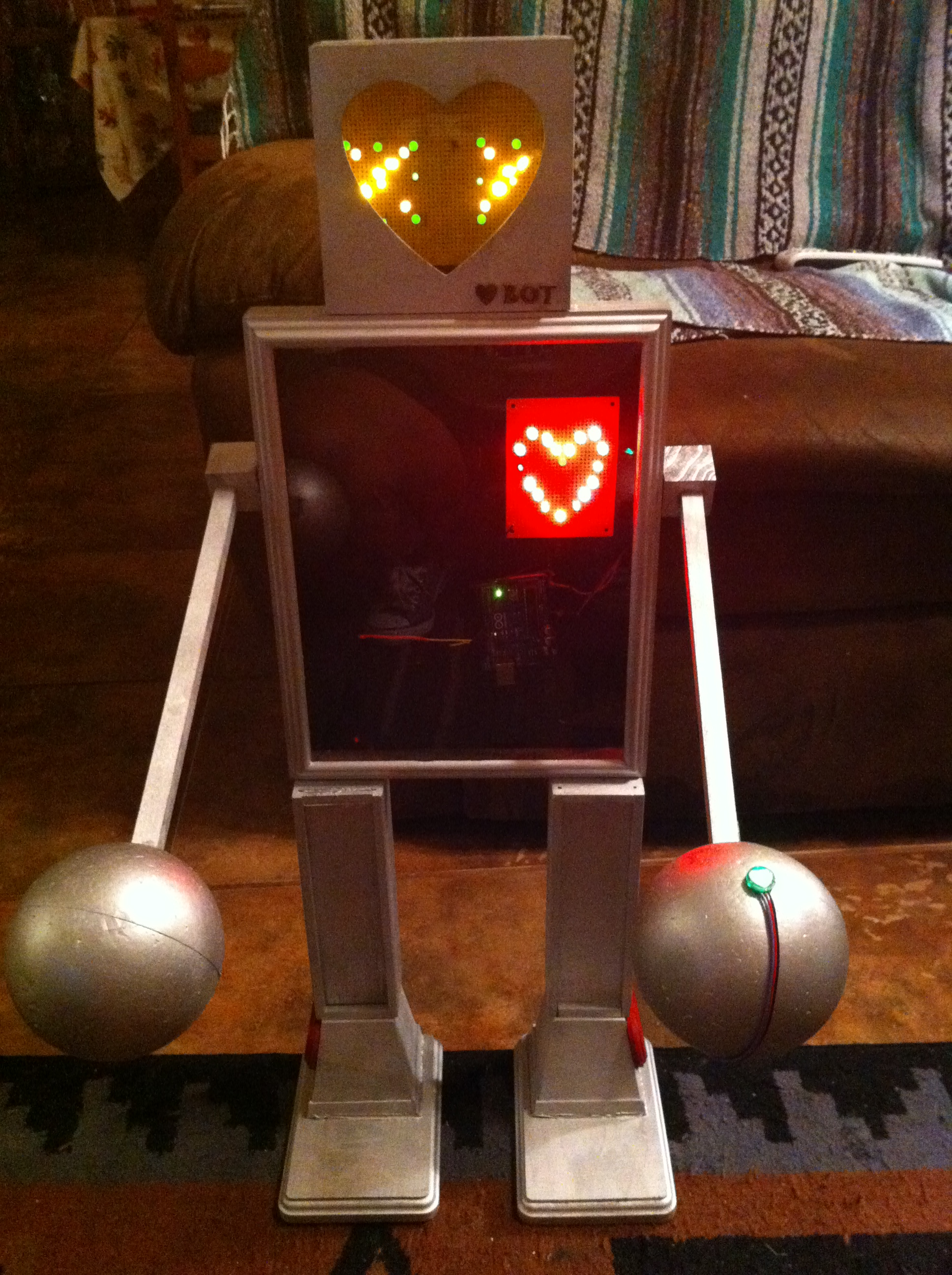 Picture of LoveBot Robotty