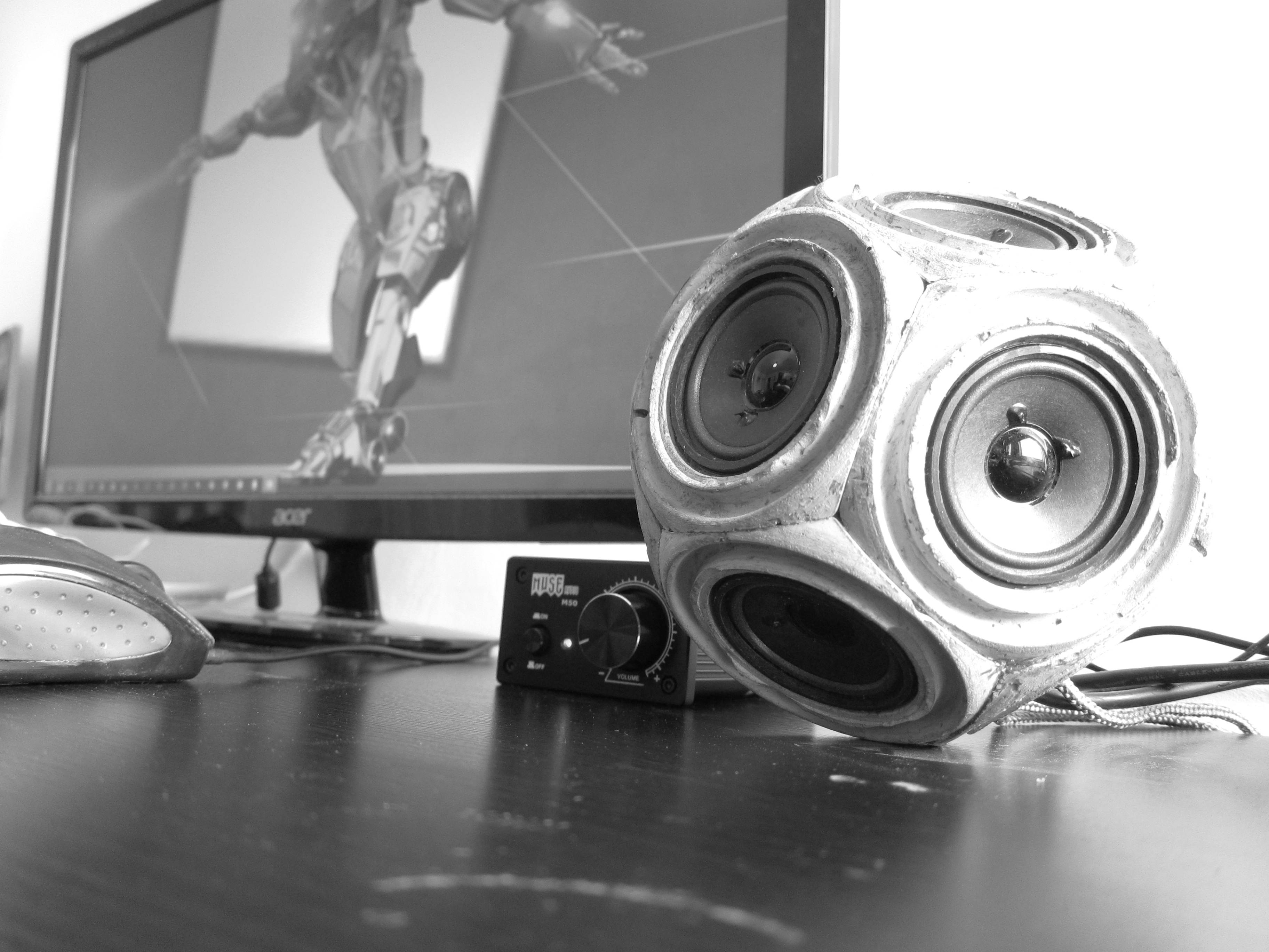 Picture of Concrete Dodecahedron Speaker