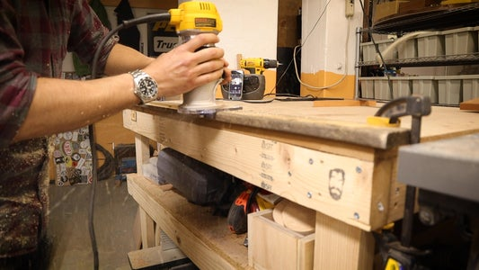 Use a Router and a Rabbet Bit to Cut the Wood