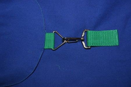 Attaching the Carabiner