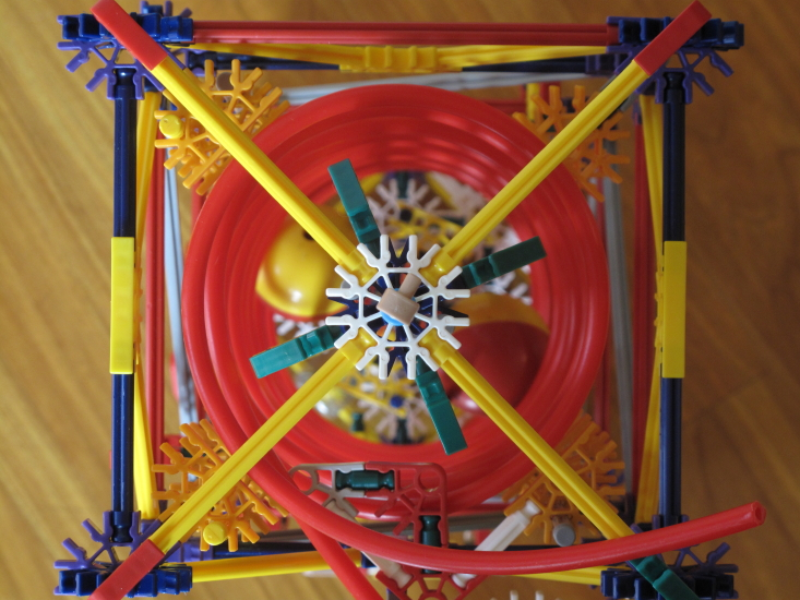 Picture of Knex Inverted Helix Lift