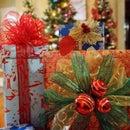 Holiday Decorative Gift Bows