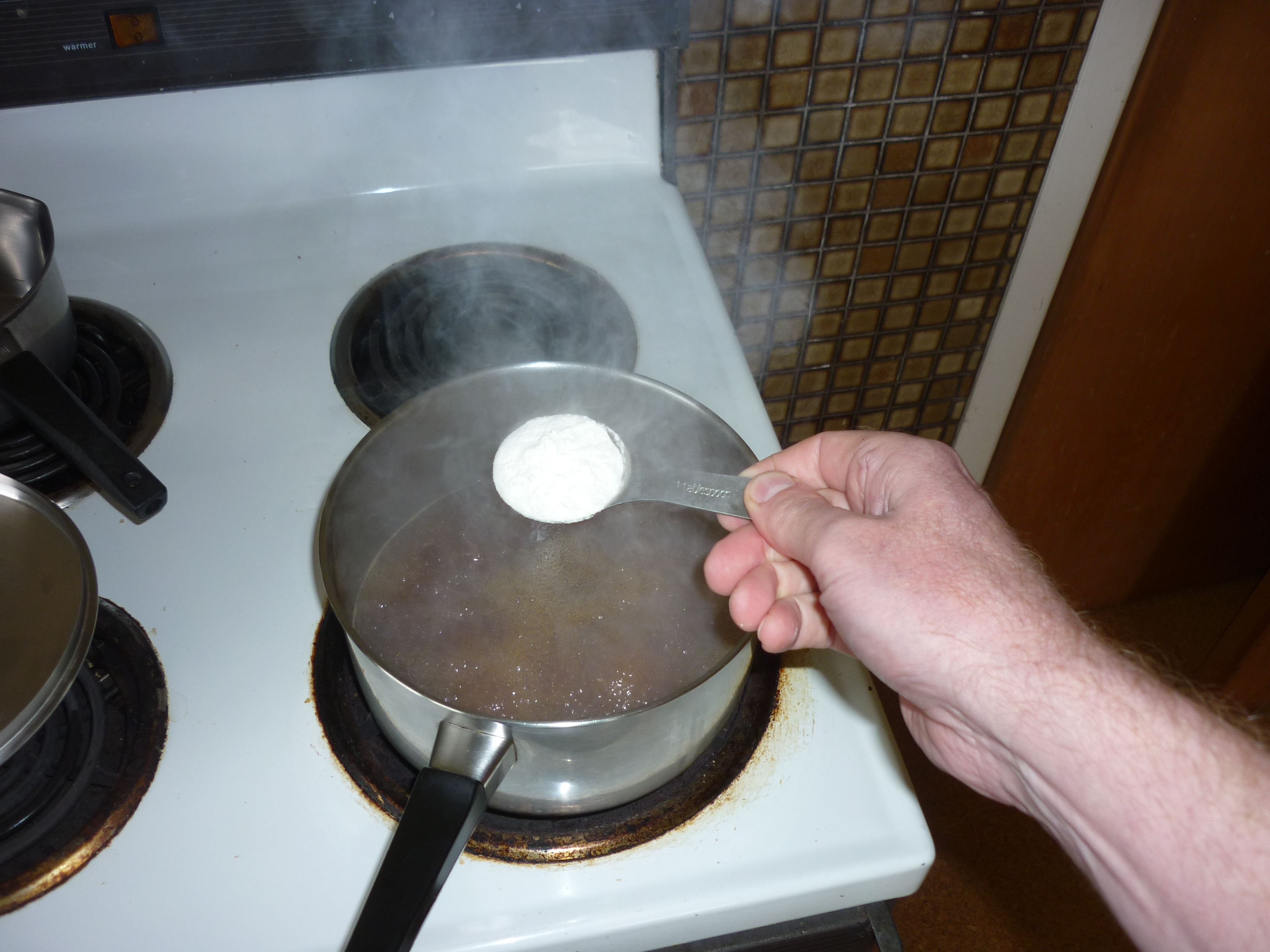 Picture of Making the Gravy and Serving
