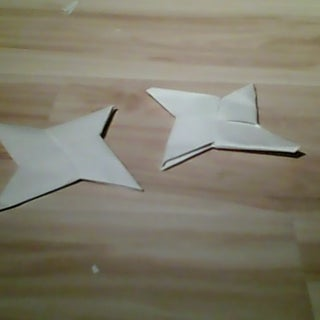 Chinese Paper Throwing Star