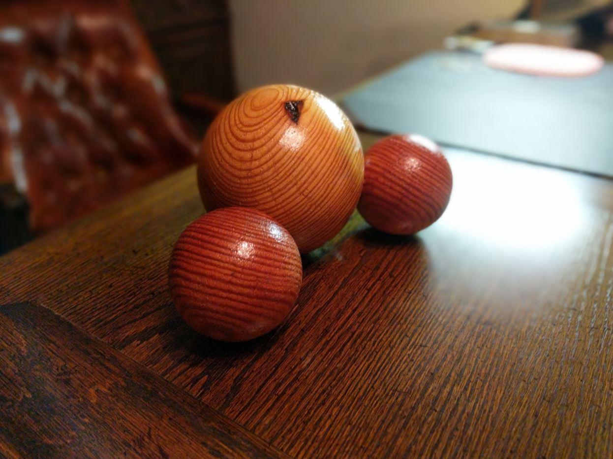 Picture of Wood Model - Water Molecule