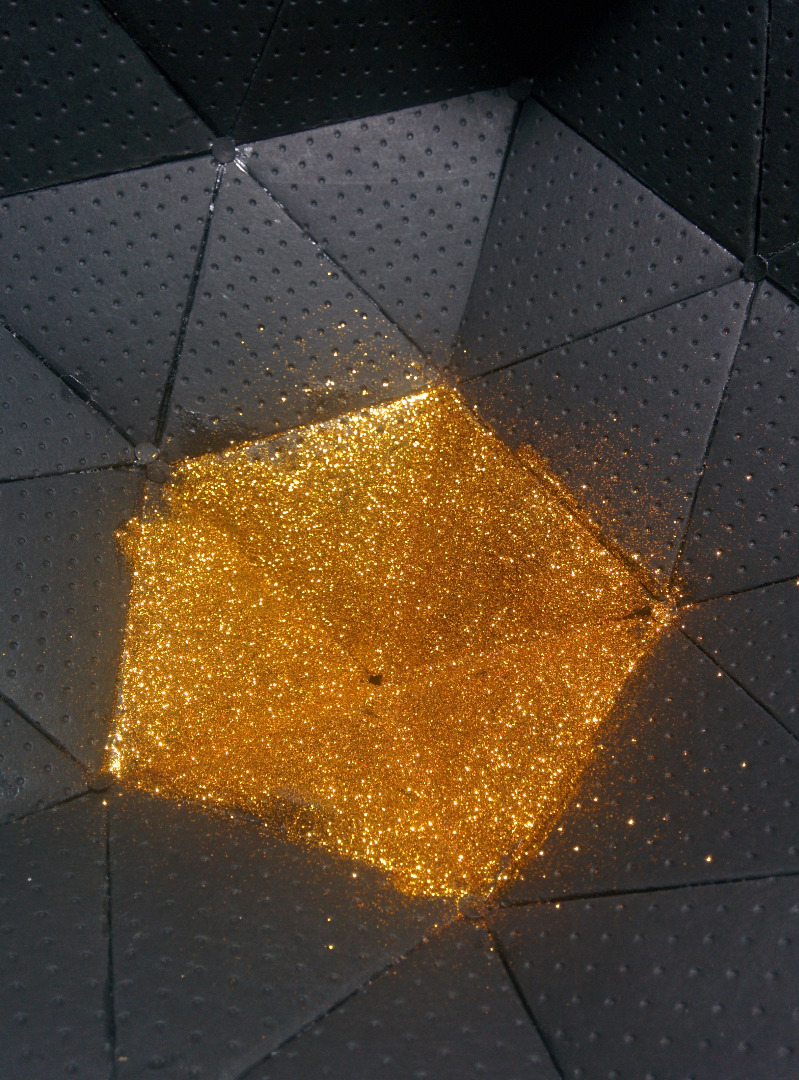 Picture of Making the Inside of Lamp Glittery