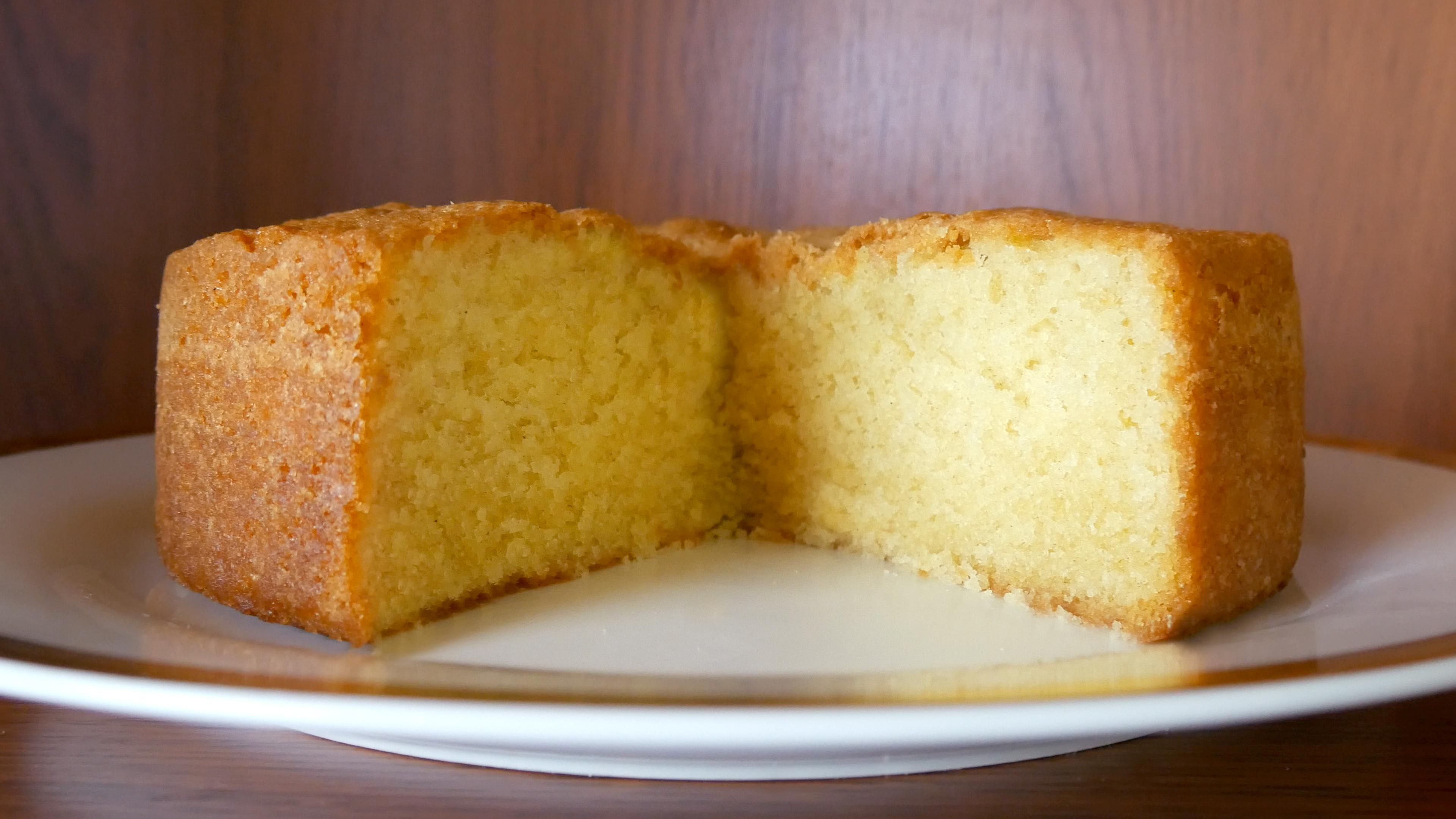 Picture of SIMPLE VANILLA SPONGE (POUND) CAKE