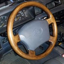 Rebuild a steering wheel with wood