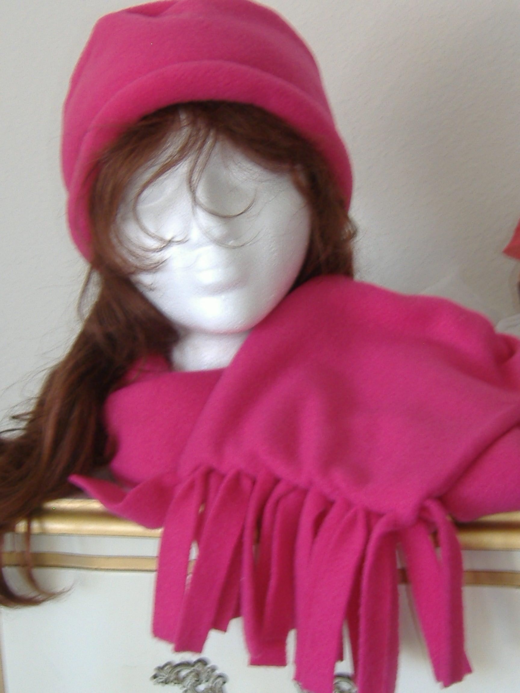 11aaaa280e8 Sew EZ Fleece Hat   Scarf  5 Steps