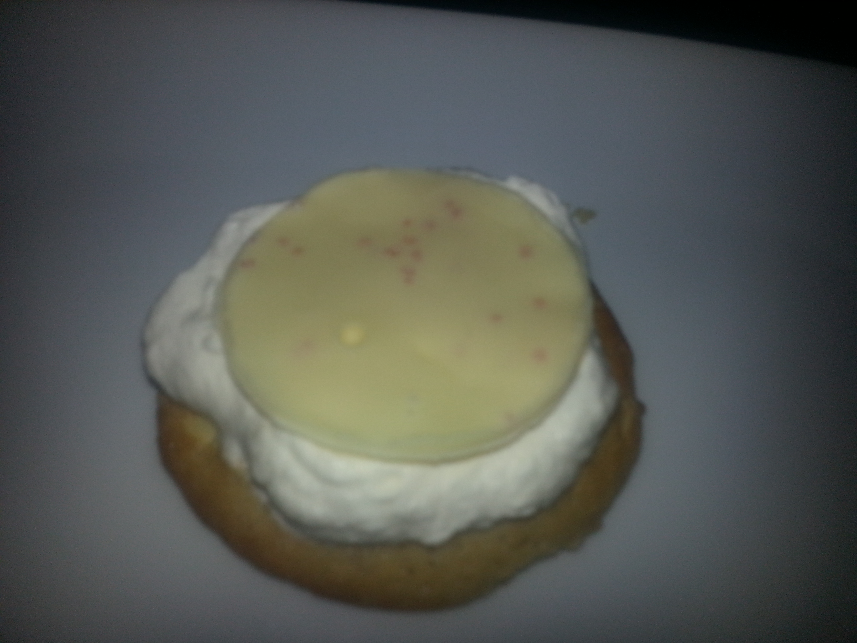 Picture of White Chocolate Whipped Cream Cookies: Snack to Dessert