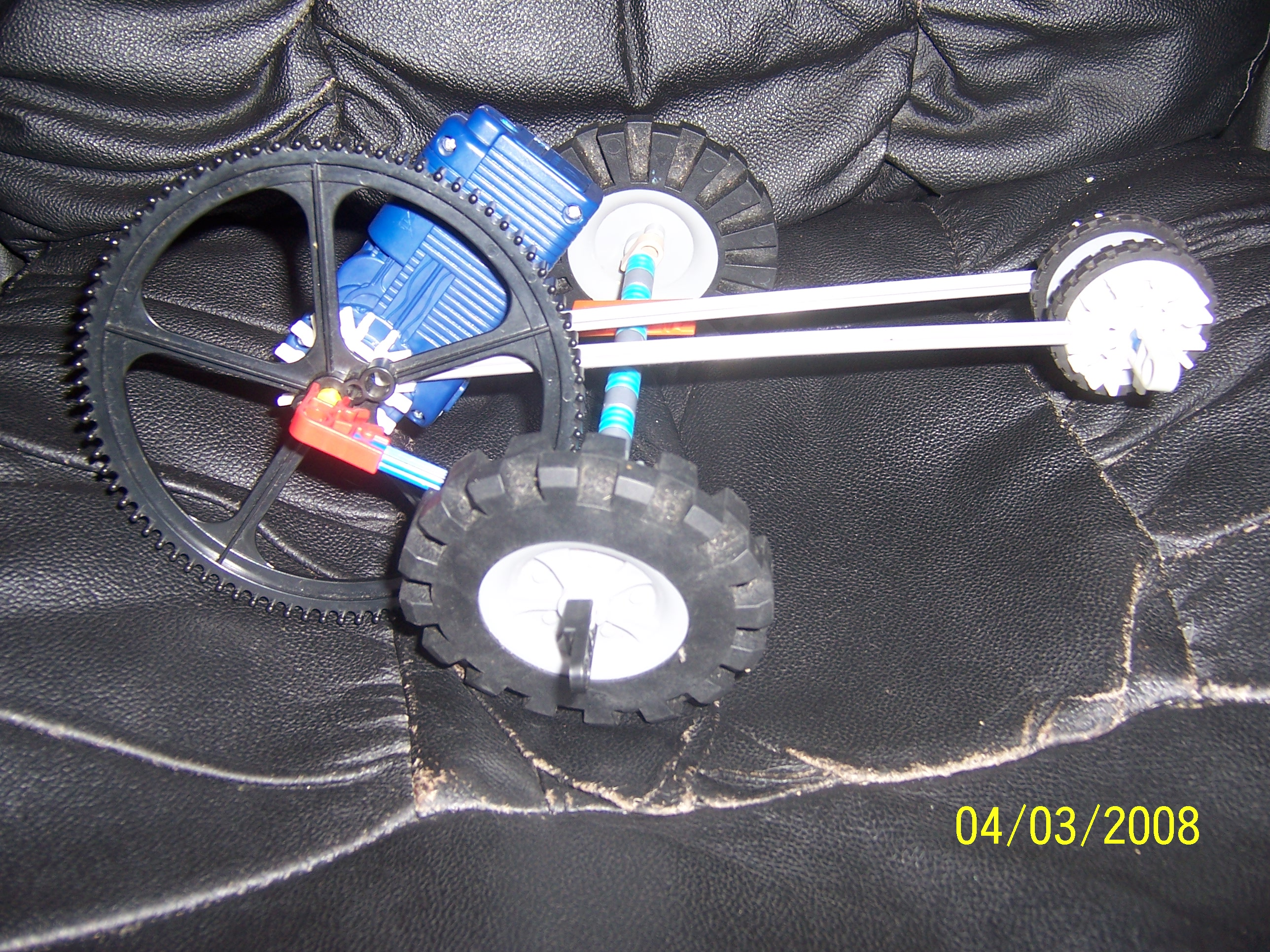 Picture of K'NEX Gear-Motor Dragster