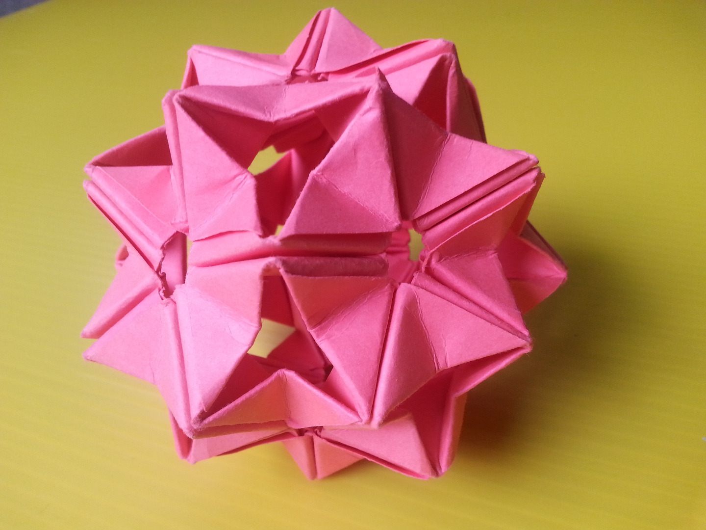 Picture of Modular Origami Unit Based on the Triangle Box