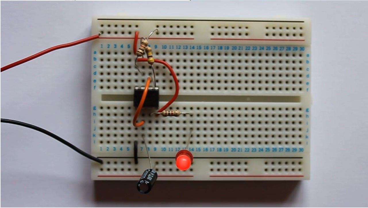 Flashing Led Using 555 Timer 3 Steps Function Circuits Lm555 The Following Are