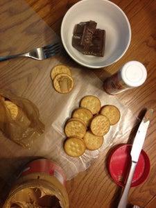 Make Ritz Peanut Butter Sandwiches