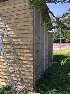 Applying the Larch Wood
