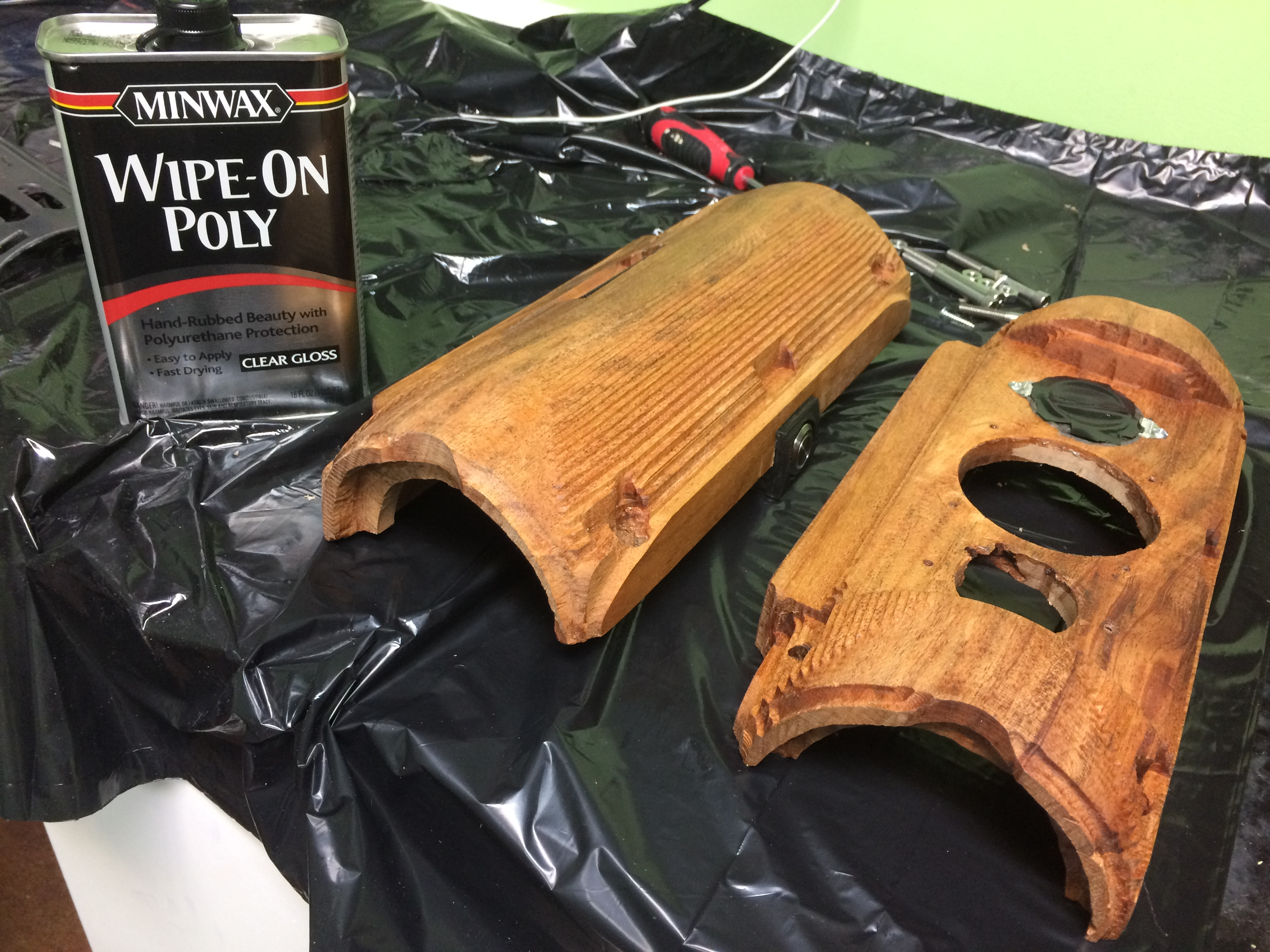 Picture of Applying a Finish to the Body