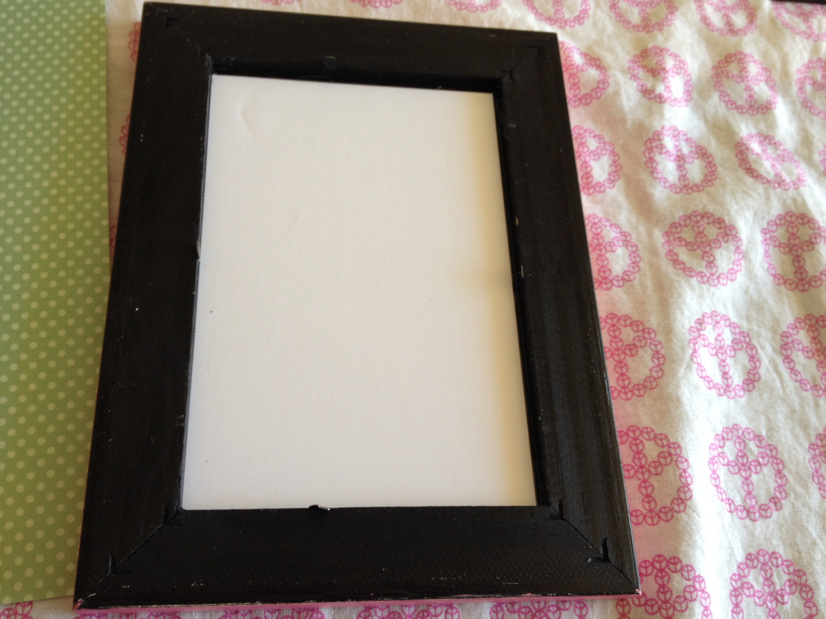 Picture of Take Your Photo Out of the Frame and Add Decorative Paper