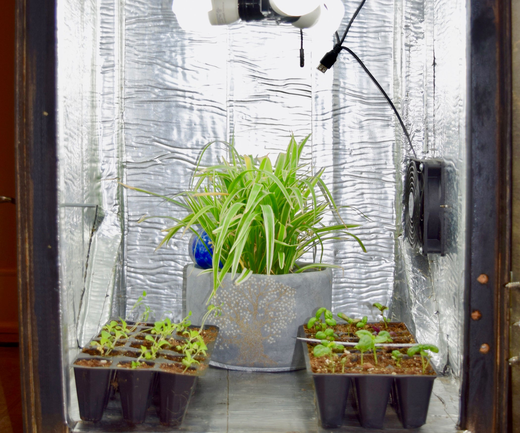 Diy Grow Box 8 Steps With Pictures Wiring Up Lights