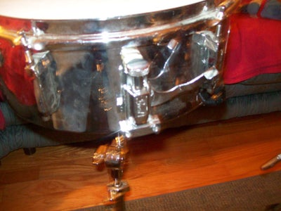 How to Make a Timbale Out of a Snare Drum: Step 1