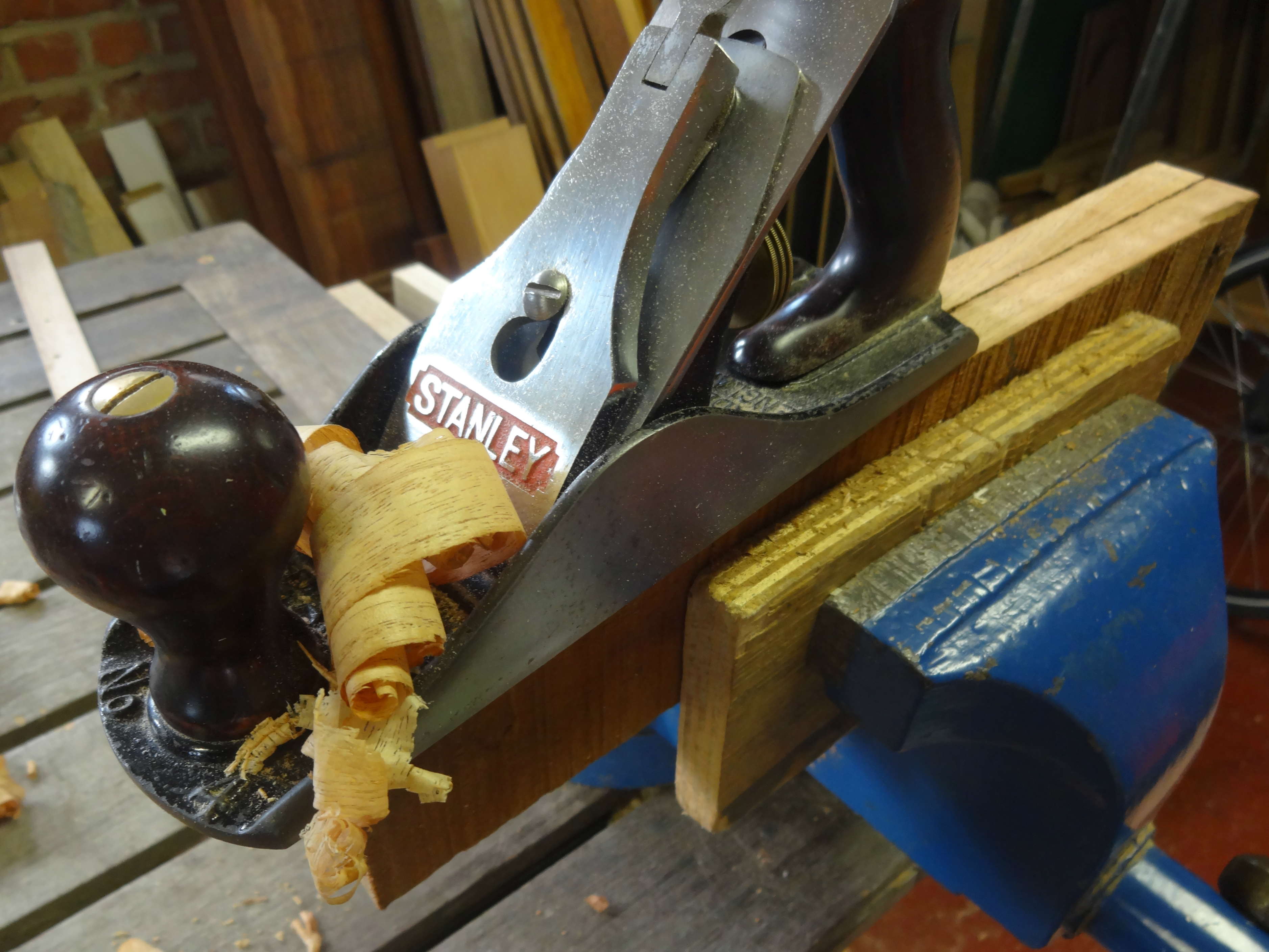 Picture of Gluing Up the Sides