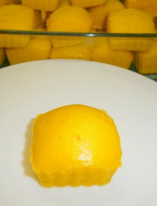 Custard Powder Egg Less Cupcake
