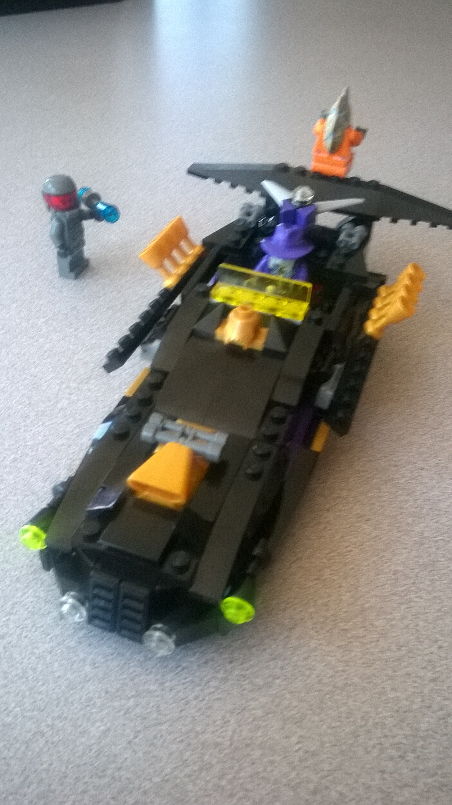 Picture of LEGO Space Police - Lunar Limo (5984) MOC