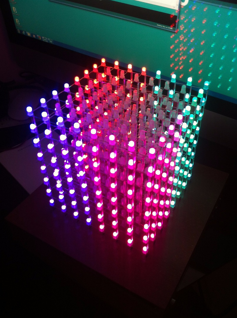 Picture of 8x8x8 RGB Led Cube by Pierrot