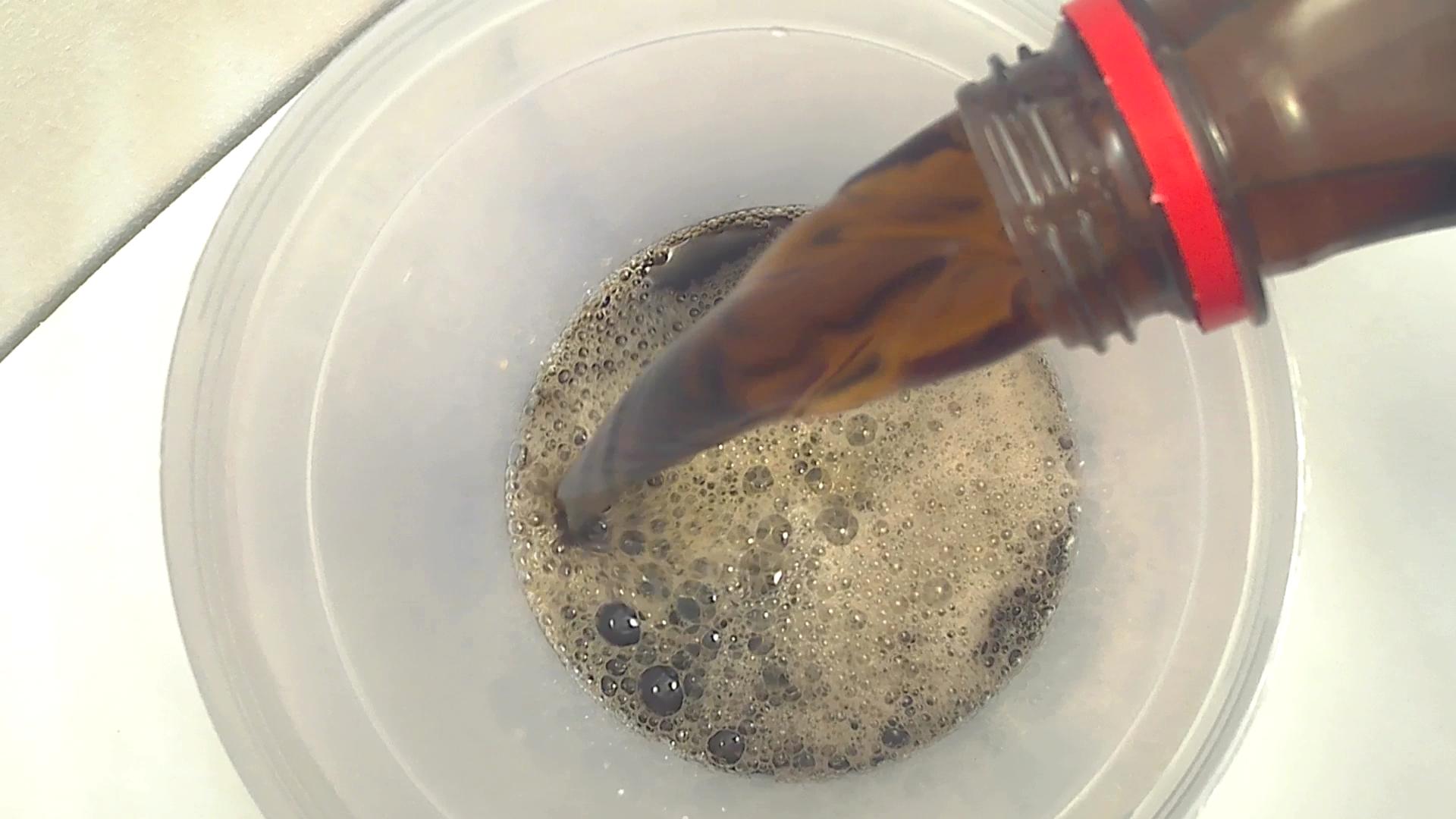 Picture of Add Coca Cola Soda in the Dispenser