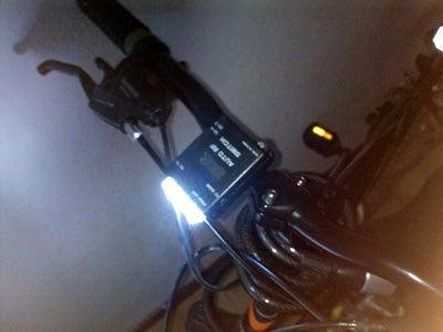 Long Lasting Ultra Small Super Bright Bike Flashlight