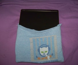 Make a Laptop Sleeve From an Old Tshirt