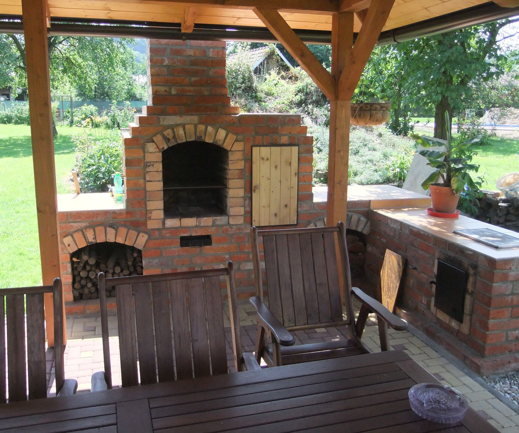 Brick Outdoor Kitchen: DIY Outdoor Fireplace With BBQ Grill /brick/