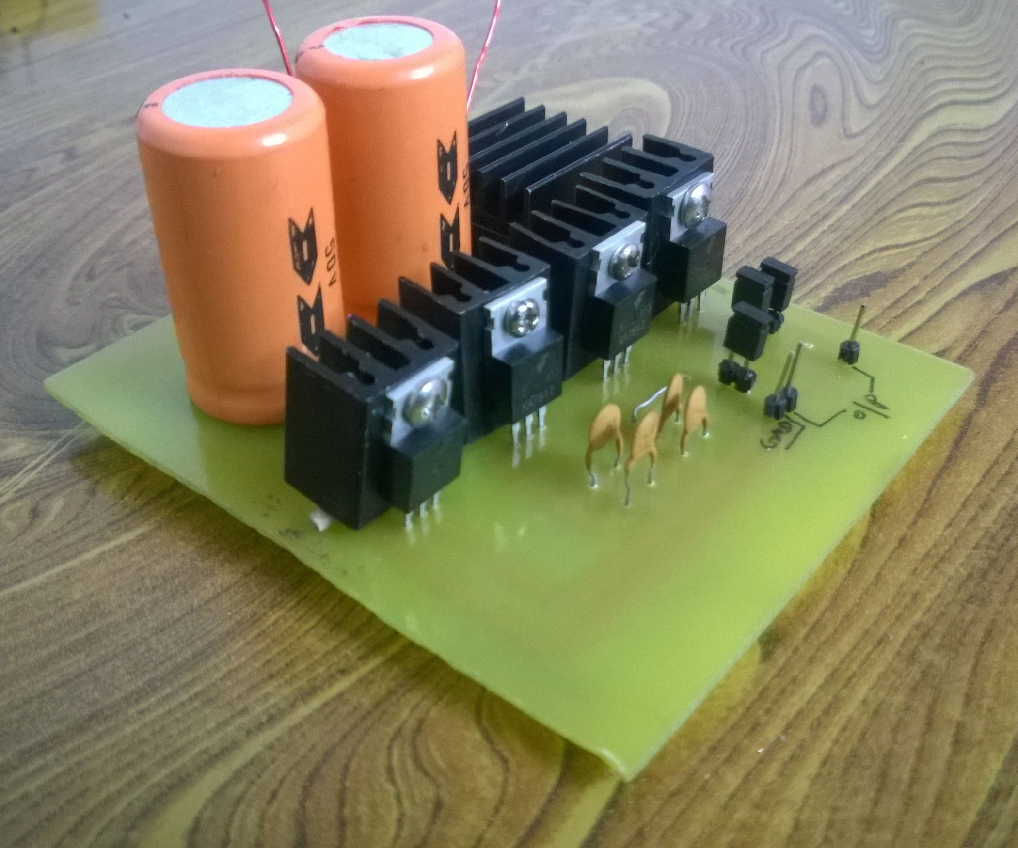 Simple Variable Current Power Supply 12v 1a 5a 3 Steps Transformerless Electronic Circuits