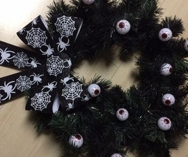 Google-Eyes Halloween Wreath