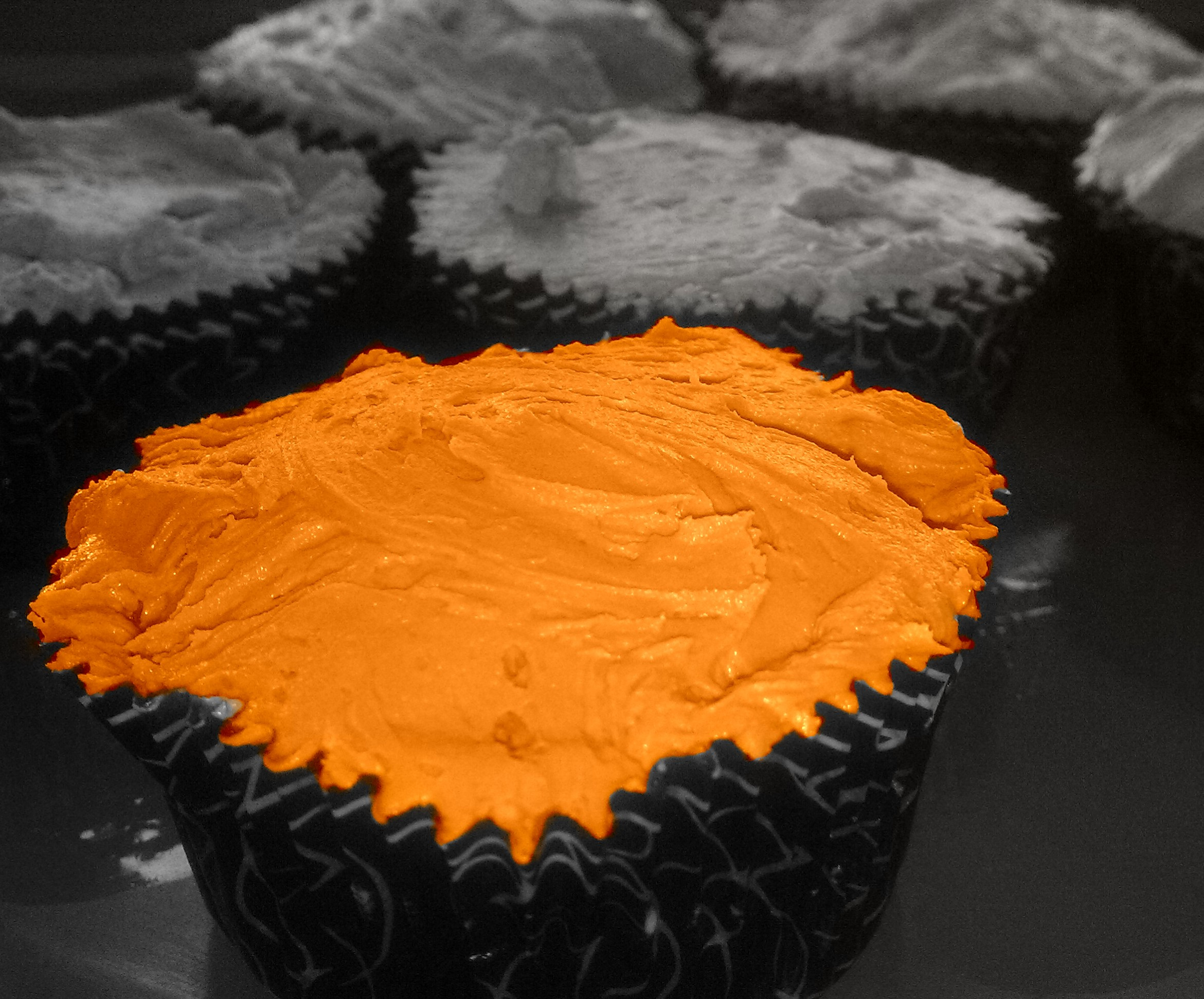 Picture of Cannellini Cupcakes With Licorice Icing (Gluten Free)