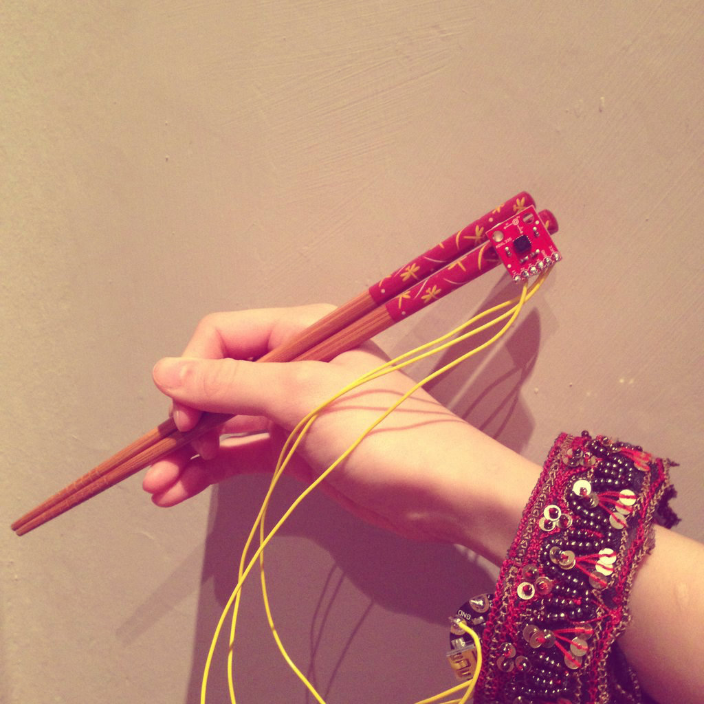 Picture of Attaching It to Your Chopsticks