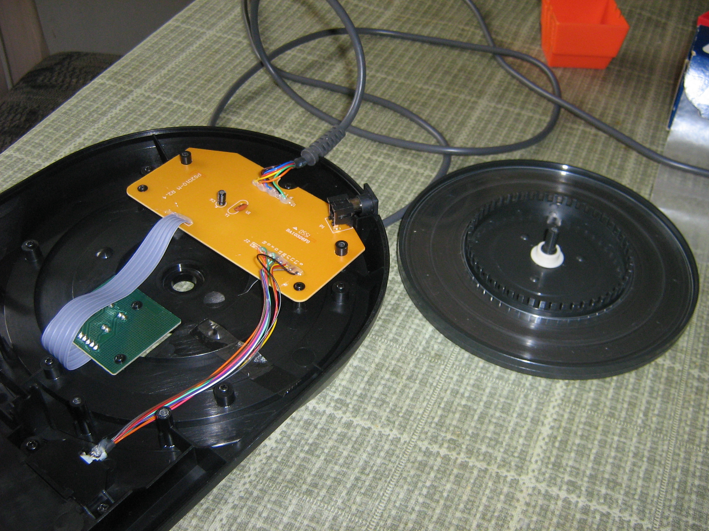 Picture of Remove the Turntable