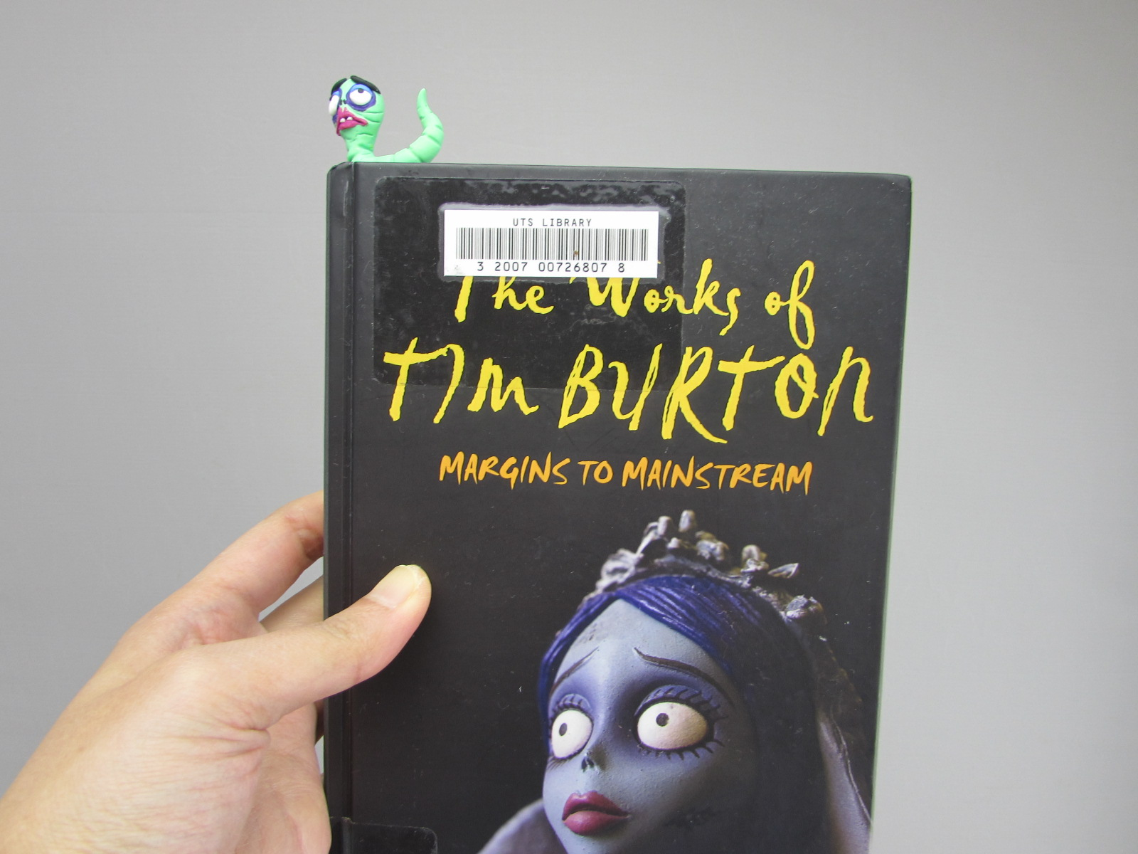 Picture of Corpse Bride Worm Bookmark Polymer Clay Tutorial
