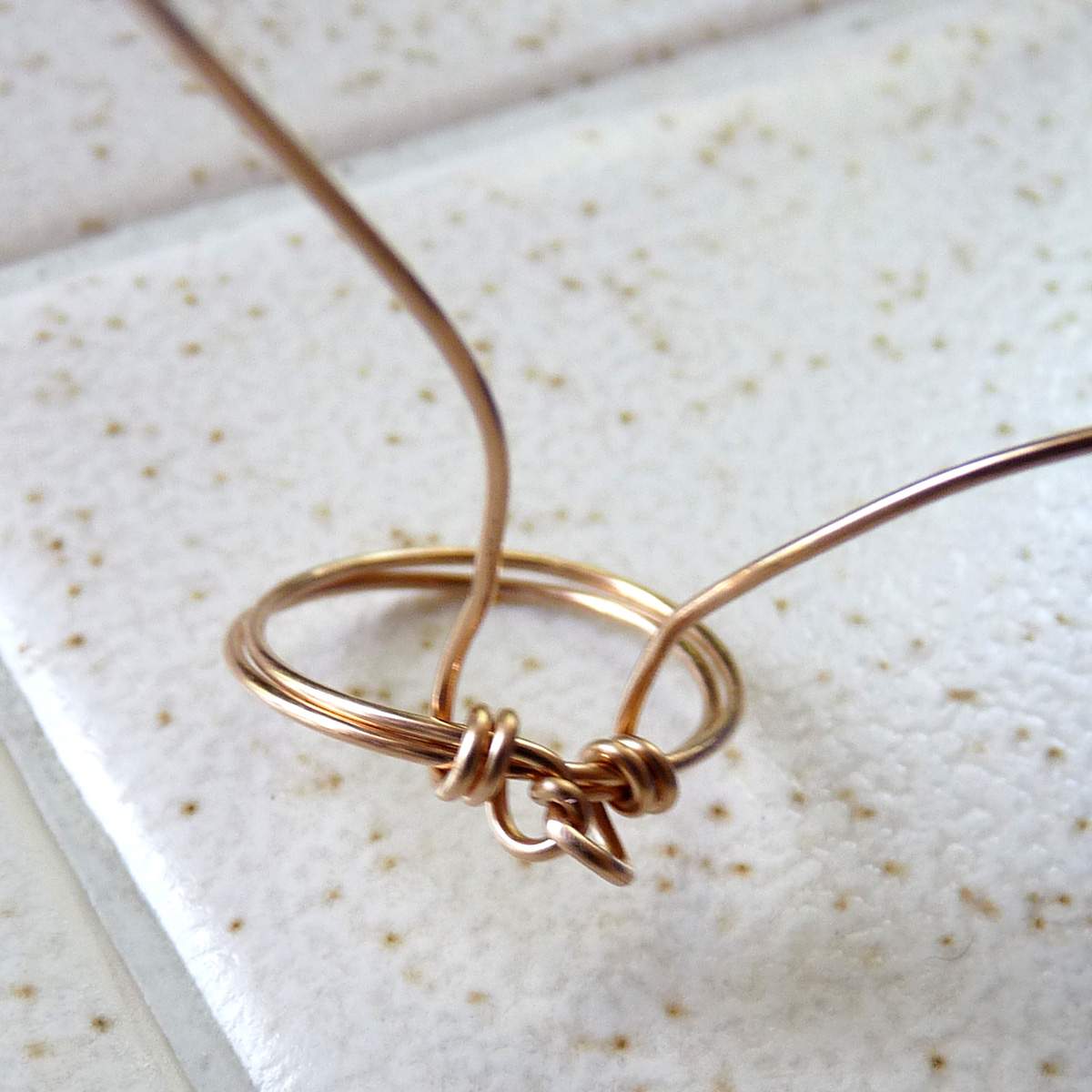Wire Roses Ring: 17 Steps (with Pictures)
