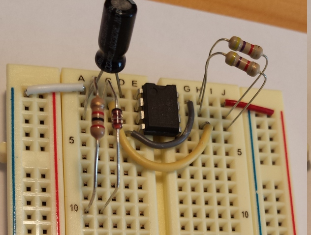 Picture of Wire Up the Turn Signal Circuit