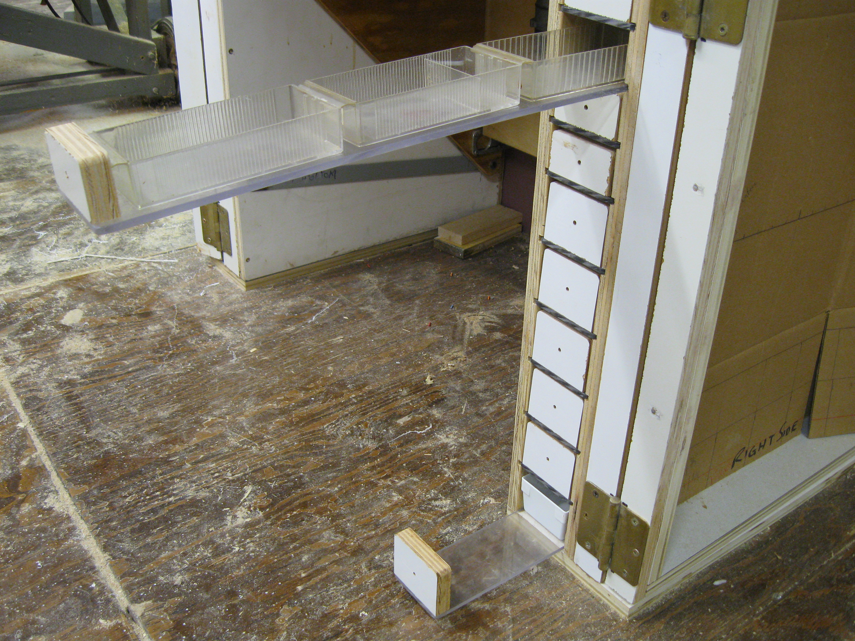 Picture of Plexiglas Based Drawers. (1)