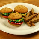 Hamburger Cupcakes with Sugar Cookie Fries
